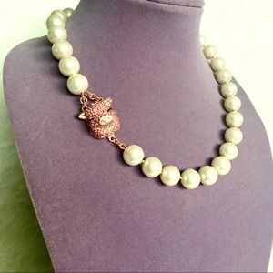 Kate Spade Pearl Necklace